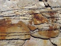 Rocas y alambre de la lengüeta Foto de archivo libre de regalías