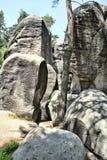 Rocas y cielo de la piedra arenisca imágenes de archivo libres de regalías