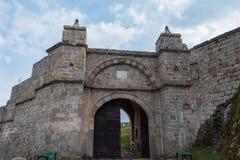 Rocas y Fortress'entrance, Bulgaria de Belogradchik Imagen de archivo
