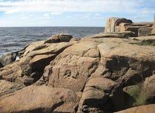 Rocas y mar Fotos de archivo libres de regalías