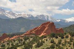 Rocas y montañas Imágenes de archivo libres de regalías