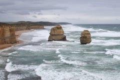 Rocas y océano Imágenes de archivo libres de regalías