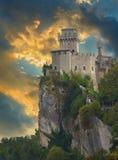 Rocca della Guaita城堡 免版税库存图片