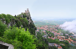 Rocca della Guaita,圣马力诺, Ita最古老的堡垒  库存照片