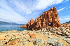 Rocca Rossa在Arbatax,撒丁岛 免版税库存图片