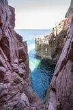 Rocca Rossa στο νησί της Σαρδηνίας, Ιταλία Στοκ Εικόνες