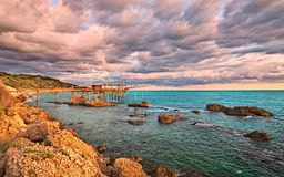 Rocca San Giovanni, Chieti, Abruzzo, Italien: Adriatiskt havkust l Royaltyfri Bild