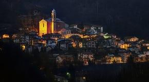 Roccaforte Mondovì意大利Prea在晚上 图库摄影