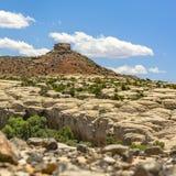 Rocce accatastate su terreno roccioso in Moab Utah immagine stock libera da diritti