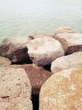 Rocce al mare Immagini Stock