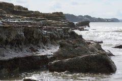 Rocce corrose dal mare Immagini Stock