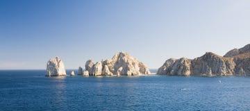 Rocce dell'estremità degli sbarchi in Cabo San Lucas Fotografie Stock Libere da Diritti