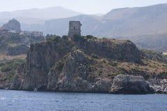Rocce della montagna Zingaro di dello di Riserva sicily L'Italia immagine stock libera da diritti