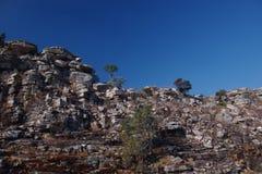 Rocce di Cliffside in Tunda Vala, Lubango, Angola immagine stock libera da diritti
