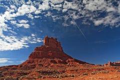 Rocce e cielo blu rossi Fotografie Stock