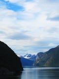 Rocce in fiordo Fotografia Stock Libera da Diritti