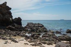Rocce nel mare Immagine Stock