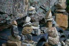 Rocce rotte accatastate su dall'essere umano Fotografie Stock Libere da Diritti