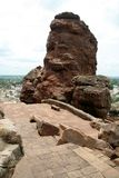 Rocce sul bordo della montagna Immagine Stock Libera da Diritti