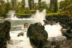 Rocce vulcaniche alla penisola di Keanae, Maui Hawai Fotografia Stock