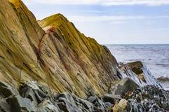 Roccia colorata il Mar Nero Fotografie Stock Libere da Diritti