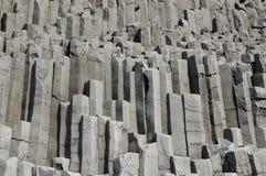 Roccia dei prismi del basalto, Islanda del sud. fotografia stock libera da diritti