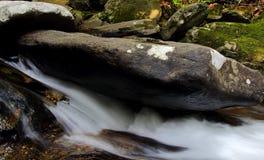 Roccia del fiume Immagini Stock Libere da Diritti