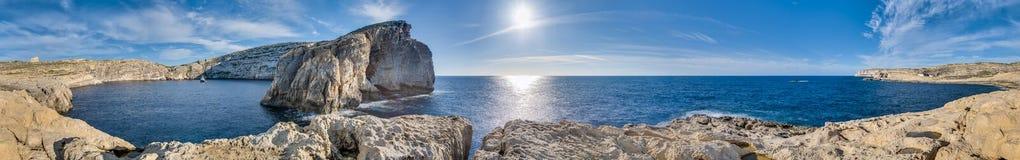 Roccia del fungo, sulla costa di Gozo, Malta Fotografie Stock Libere da Diritti