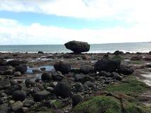 Roccia dell'equilibrio Fotografia Stock