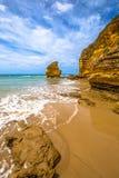 Roccia della Tabella sulla grande strada dell'oceano Immagini Stock