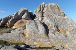 Roccia di Goudoul nella costa di Lesconil Fotografia Stock Libera da Diritti
