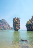 Roccia di Ko Tapu su James Bond Island Immagini Stock
