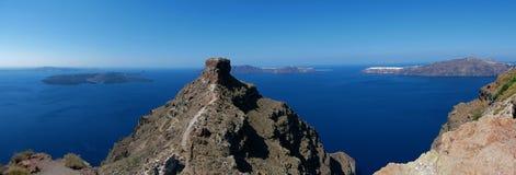 Roccia di Skaros e vista panoramica della caldera fotografie stock libere da diritti