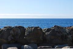 Roccia e vista sul mare Immagine Stock Libera da Diritti