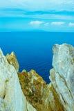 Roccia pura nel mare Fotografia Stock Libera da Diritti