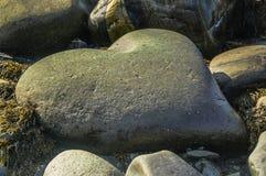 Roccia sotto forma di cuore Fotografie Stock Libere da Diritti