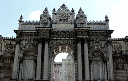 Rocco & Baroque gate. Rocco and Baroque style gate of the Dolmabahce palace in Istanbul, Turkey Royalty Free Stock Photos