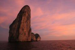 Rocha, console da phi da phi, Tailândia. Imagens de Stock Royalty Free