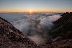 Rocha de Morro do parque nacional de sequoia foto de stock
