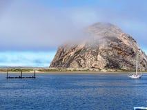 Rocha de Morro na baía de Morro Fotografia de Stock