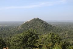 Rocha de Pidurangala em Sri Lanka imagens de stock