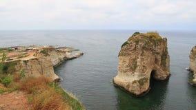 Rocha de Raouche em Líbano video estoque