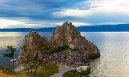 Rocha de Shamanka no lago Baikal Imagens de Stock Royalty Free