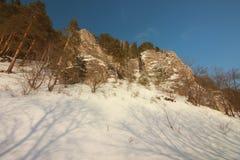A rocha de Yermak Rio de Sivla Região de Ural Foto de Stock
