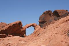 Rocha do arco no vale do incêndio, Nevada fotografia de stock royalty free