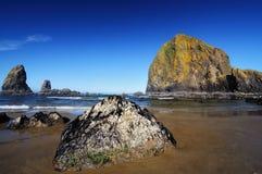 Rocha do monte de feno na praia do canhão Fotos de Stock