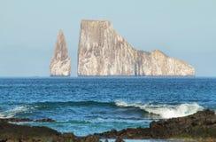 Rocha do retrocesso (dormido de Leon) na ilha de San Cristobal fotos de stock royalty free