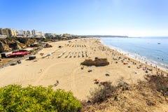 rocha för da-portimaoportugal praia royaltyfria foton