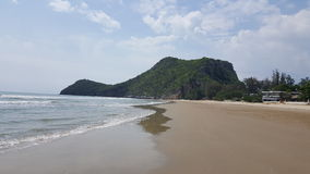 Rocha na praia Fotografia de Stock