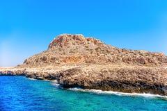 Rocha no nacional Forest Park de Greco do cabo Distrito de Famagusta, CYP Foto de Stock